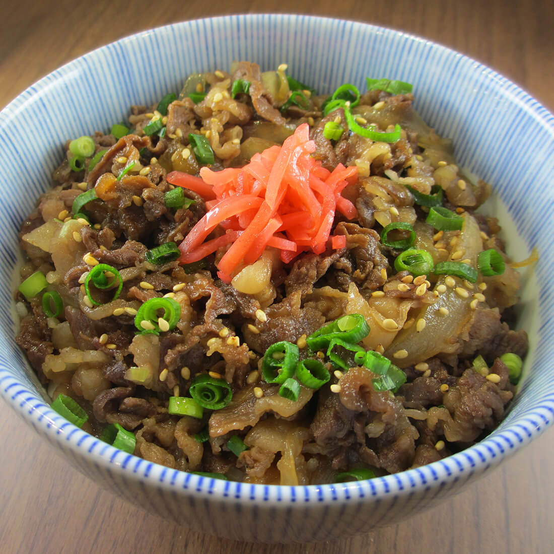 Gyudon<br />(Beef rice bowl)
