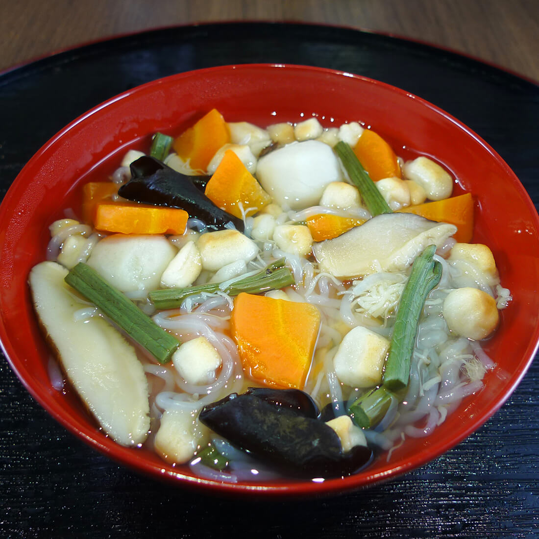 Kozuyu, Umami rich soup with scallop adductor and vegetables