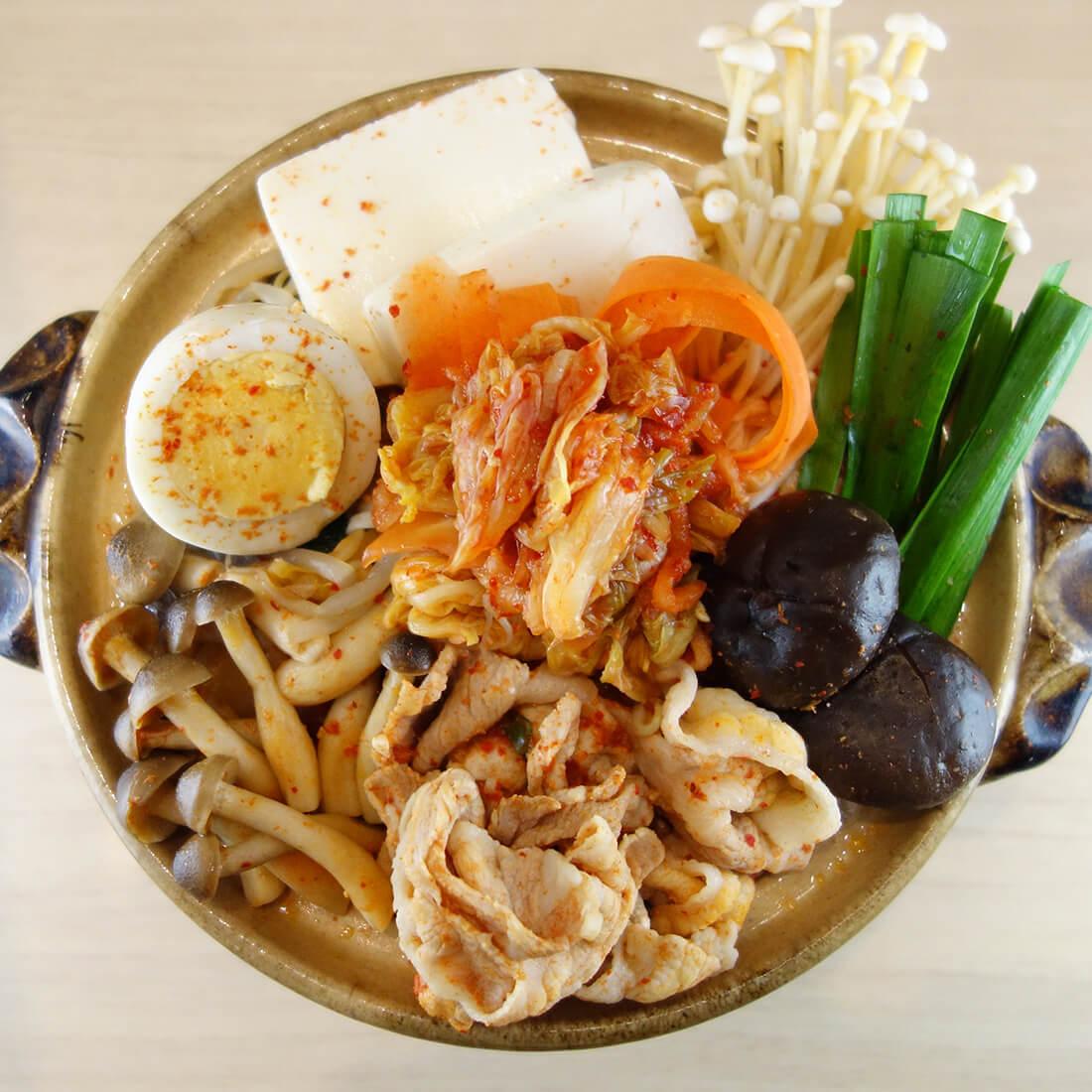 Spicy kimchi nabe